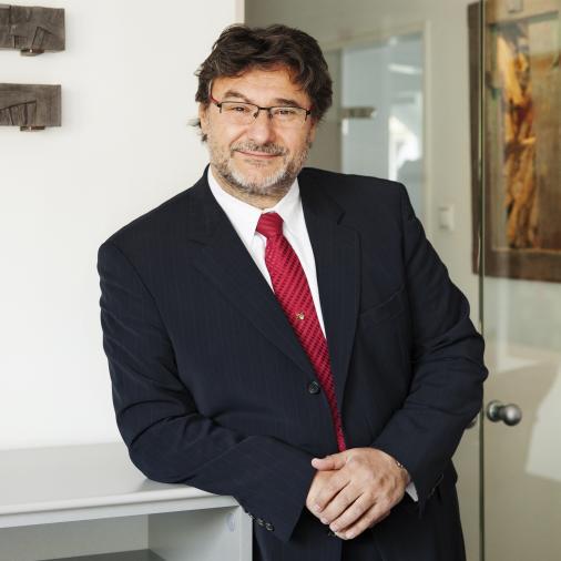 Dr. B. Szabó Gábor